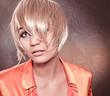 Mädchen mit blondem Bop / alterable 04
