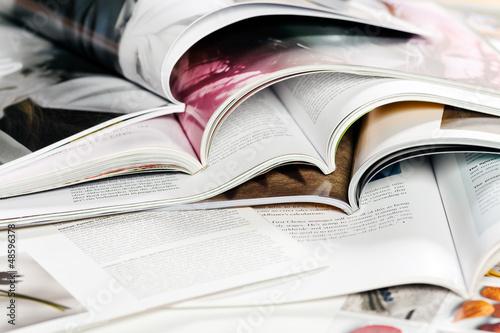 Leinwanddruck Bild verschiedene Zeitschriften
