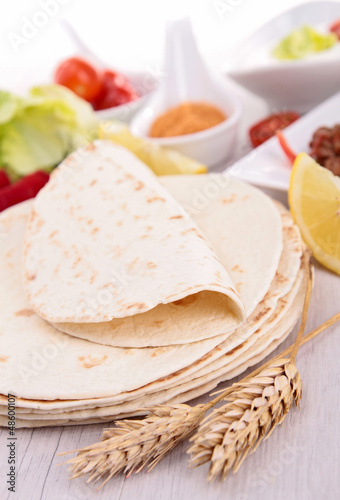 tacos bread and ingredient