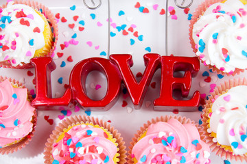 Valentine cupcakes with love sign