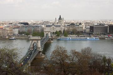 Budapest - veduta  Danubio e ponte delle Catene
