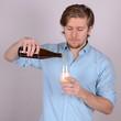 bier einschenken