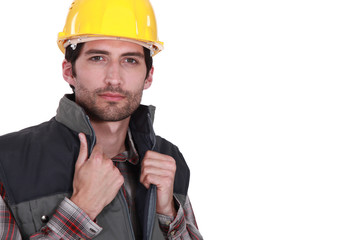Builder hiding jacket collar