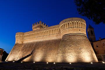 La Rocca di Urbisaglia al crepuscolo
