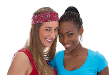 Freundinnen unterschiedlicher Nationalität isoliert