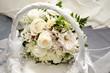 Ramo de rosas y orquideas de boda para la novia
