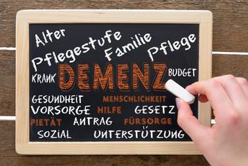 Demenz Vergesslichkeit Altersdemenz