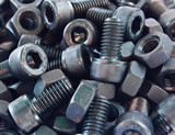 Hexagonal screws in the industry
