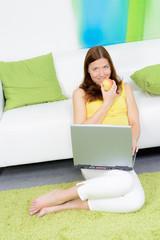 gemütlich mit dem laptop verweilen