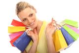 Blondine beim Shoppen