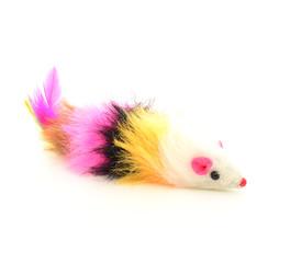 Ratón de peluche y plumas