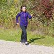 Frau beim Fitnesstraining