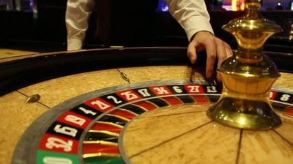 Croupier, casino