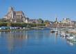 Auxerre am Fluss Yonne mit der berühmten Kathedrale
