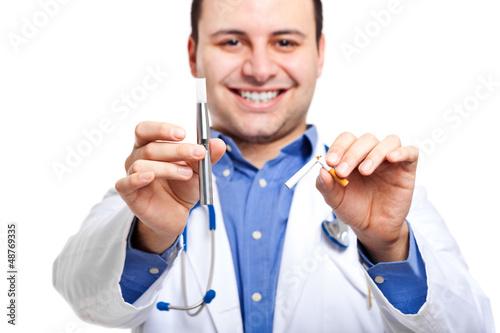 Doctor holding e-cigarette