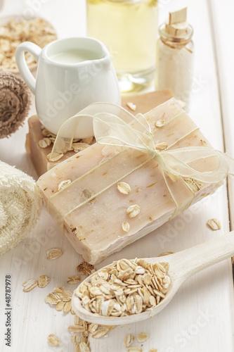 Oatmeal soap - 48787978
