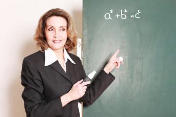 hilfsbereite Lehrerin