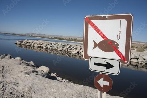 No fishing sign at the Salton sea - 48805505