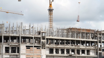 Tower crane and building structure at Thailand