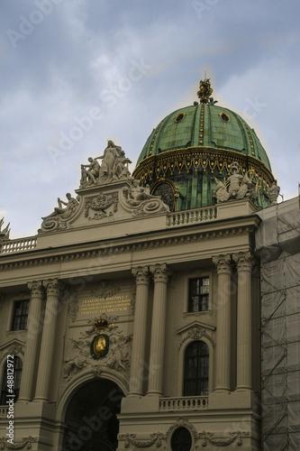 Wiener Hofburg, Michaealatrackt vom Michaelaplatz aus gesehen