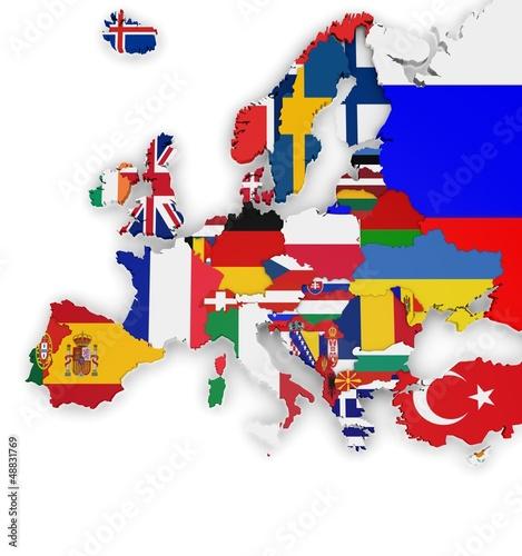 Les pays d'Europe avec leur drapeaux
