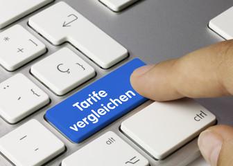 Tarife vergleichen Tastatur. Finger