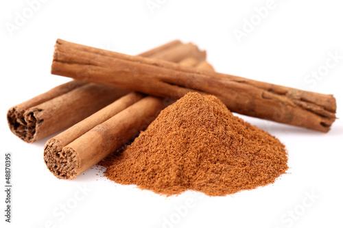 canvas print picture Cinnamon in closeup