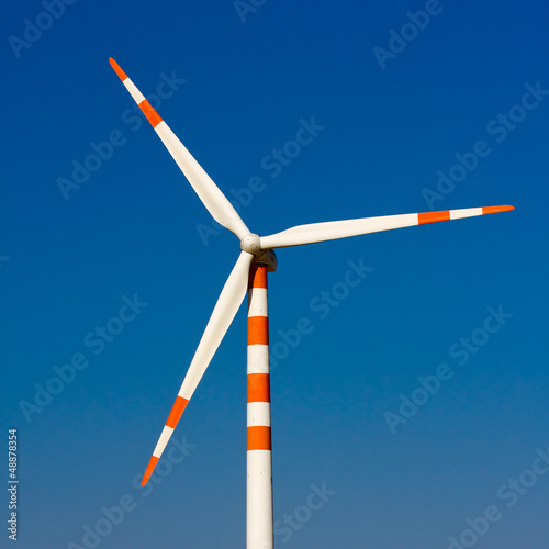 Windmill at Thar desert in Rajasthan, India