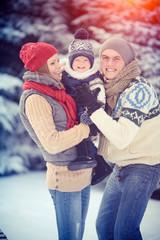 Снег и солнце, семья и счастье