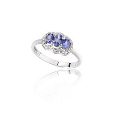 luxury and beautiful sapphire ring on white