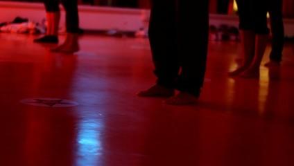 gruppo di danza durante l'alllenamento
