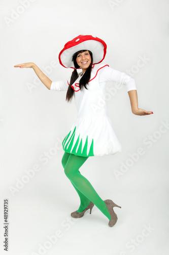 Mädchen im Karnevalskostüm