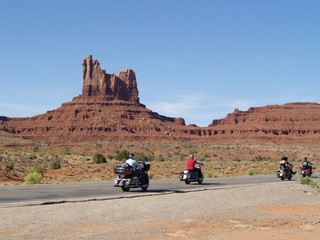 Road of Monument Valley