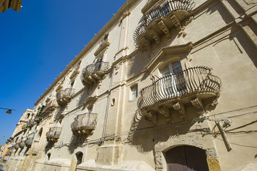 euroep, italy, sicily, noto, barique balconies