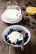 Heidelbeeren mit Joghurt
