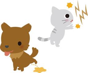 爪を研ぐ猫と用を足す犬