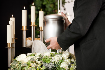 Grief - urn Funeral and cemetery