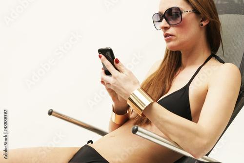 Model mit Bikini
