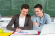 studenten arbeiten zusammen