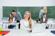 lehrganggruppe im klassenzimmer