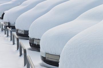 Schnee - 002 - verschneite Autos