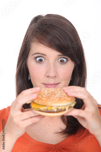 Brunette girl attacked Burger