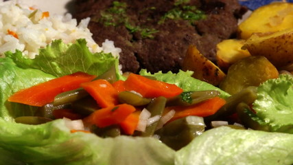 Meat dish with vegetables