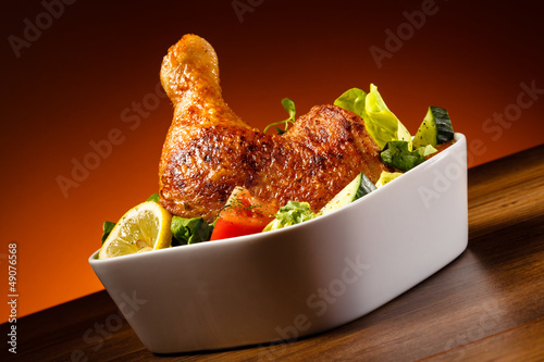 Grilled chicken leg and vegetables