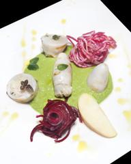 Calamari ripieni con verdure e carote rosse