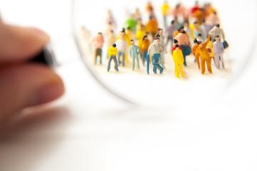 群集と虫眼鏡