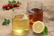 Tee aus Rooibos und Zitrone