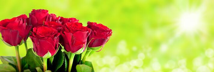 Rosenstrauß vor natürlichen Hintergrund