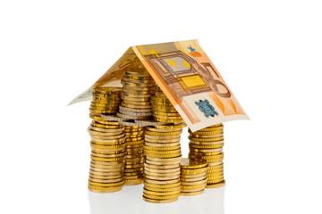 Haus aus Münzen aus Eurogeld