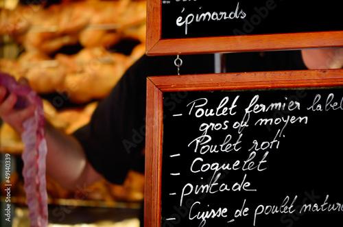 Keuken foto achterwand Boodschappen poulet rotis au marché,alimentation bio